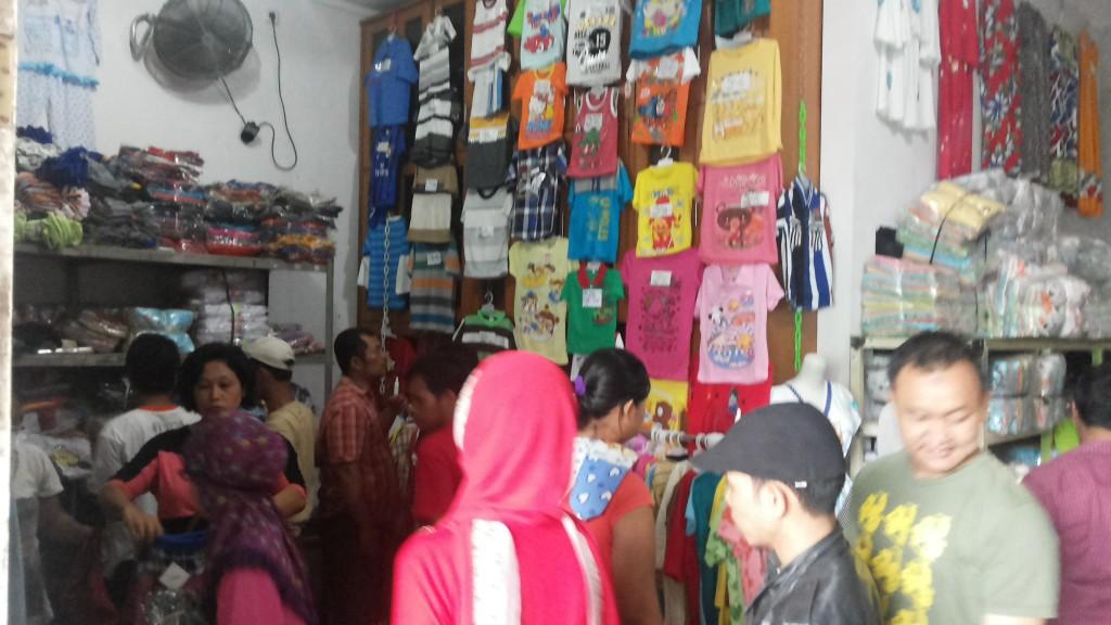 Peluang Bisnis di Pusat Grosir Baju Anak