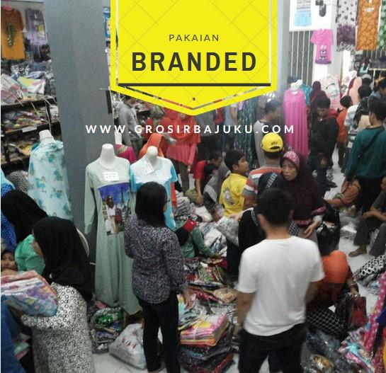 Pakaian branded